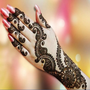 Henna-Tattoos - Henna Tattoo Artist / College Entertainment in Wakefield, Massachusetts