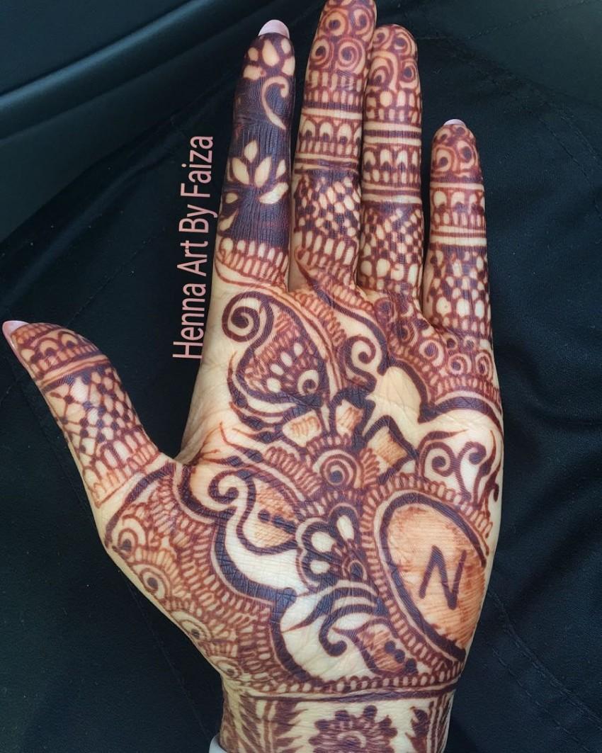 Henna Tattoo Artist Rental: Henna Tattoo Artist In Surrey