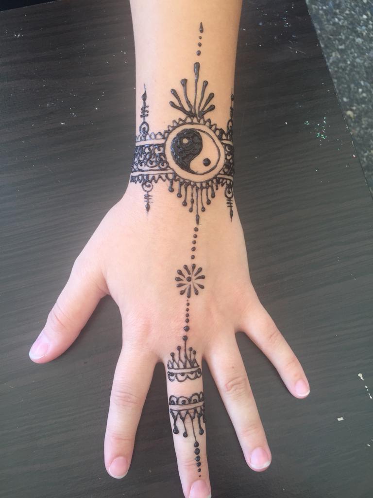 Henna Tattoo Artist Rental: Henna Tattoo Artist In Redmond