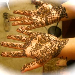Henna Artist Fun Henna