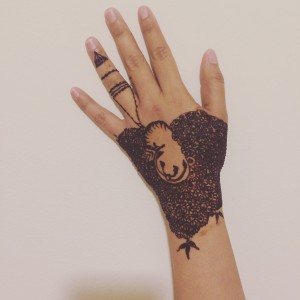 Henna artist - Henna Tattoo Artist in Skokie, Illinois