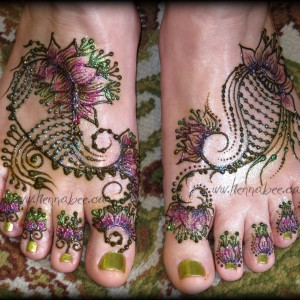 Henna Bee Designs - Henna Tattoo Artist / Body Painter in Kamloops, British Columbia