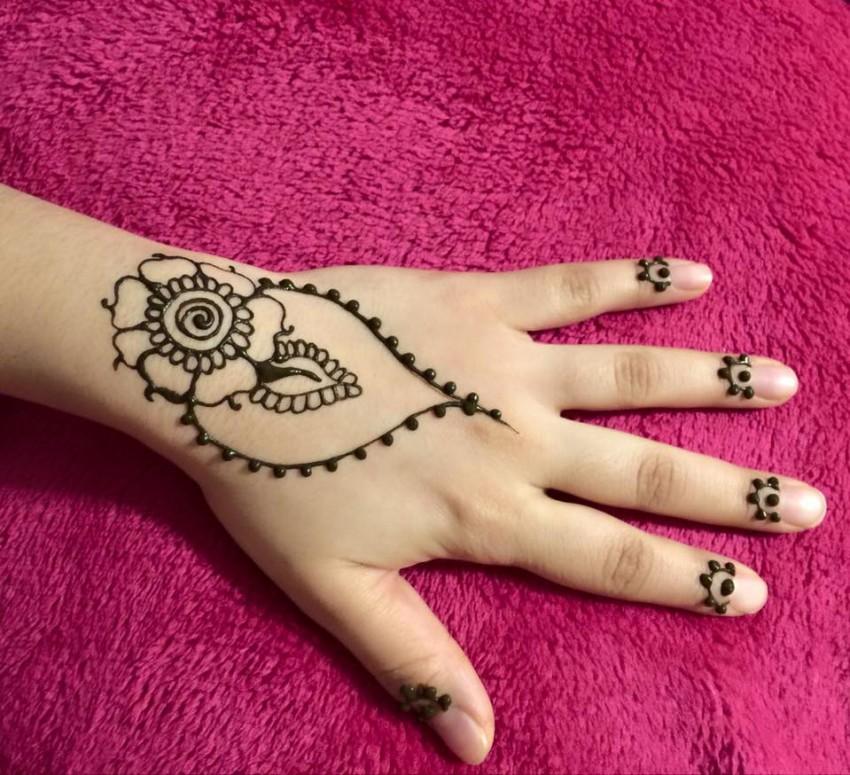 Hire Henna ~ By Amina - Henna Tattoo Artist In Central Falls Rhode Island