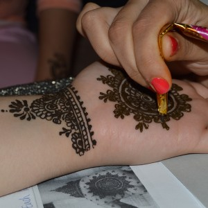 Henna By Kashmala - Henna Tattoo Artist / College Entertainment in Huntington Station, New York