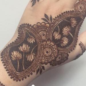 Henna By Noorain - Henna Tattoo Artist in Guelph, Ontario