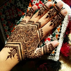 Henna by Rabia Khan - Henna Tattoo Artist / College Entertainment in Shelby Township, Michigan