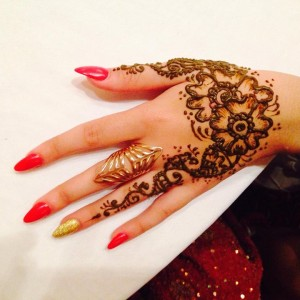 Henna Sun - Henna Tattoo Artist in Vancouver, British Columbia