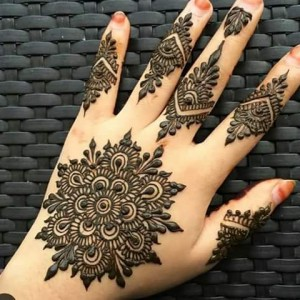 Henna or Mehendi Tattoo - Henna Tattoo Artist / College Entertainment in Charlotte, North Carolina