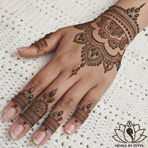 Henna - Henna Tattoo Artist / College Entertainment in Plano, Texas