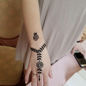 Henna Studio - Henna Tattoo Artist / Asian Entertainment in Mississauga, Ontario