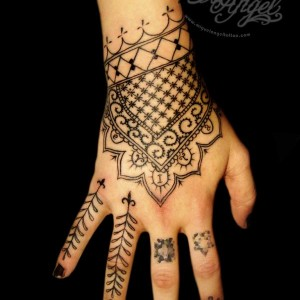 Henna Tattoos and Airbrush By Lizzie Green - Henna Tattoo Artist / Airbrush Artist in Pittsburgh, Pennsylvania