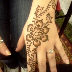 Paisley Peacock Body Arts - Henna Tattoo Artist / Face Painter in Northampton, Massachusetts