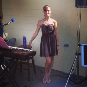 Hillary Hahn - Singing Pianist in Covington, Kentucky