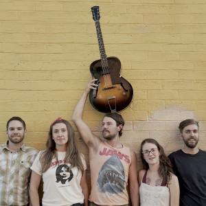 Hollis Peach - Americana Band / Folk Singer in Ashland, Oregon
