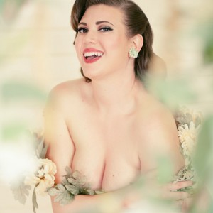 Honey DewMee Melons - Burlesque Entertainment in San Francisco, California