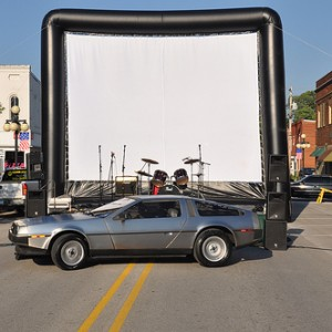 Hoosier Moon Movies - Outdoor Movie Screens in South Bend, Indiana