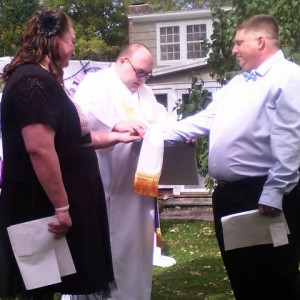 Hospitably Bobby - Wedding Officiant / Event Florist in Cleveland, Ohio