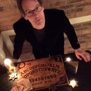 Host a Seance - Party with the Ghosts - Psychic Entertainment in Minneapolis, Minnesota