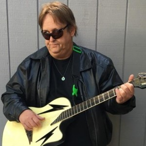 Huck Flyn - Guitarist in Huntington Beach, California
