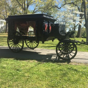 Hudson Casket and carriage Co. - Horse Drawn Carriage / Holiday Party Entertainment in Opelika, Alabama