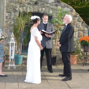Hudson Valley Heartfelt Ceremonies - Wedding Officiant / Wedding Services in Hopewell Junction, New York