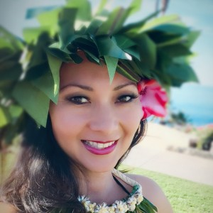 Hula dancer/Hawaiian wedding dancer