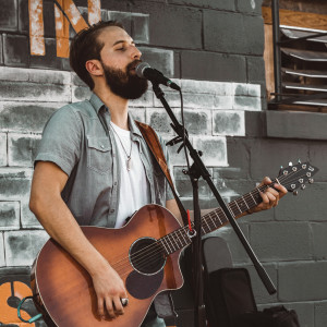 Hunter Lyons - Acoustic Band in Nashville, Tennessee