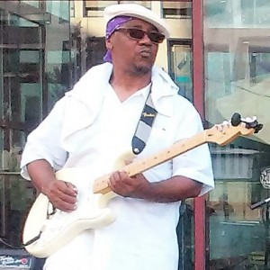 I Am A Blues Singer - Singing Guitarist / Wedding Musicians in Gaston, North Carolina