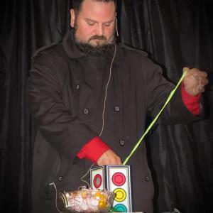 Illusionist Matt Davis - Children's Party Magician / Halloween Party Entertainment in Leighton, Alabama