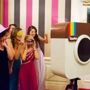 InstacoolBooth - Photo Booths / Family Entertainment in New York City, New York