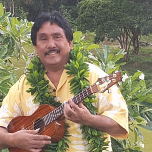 Ramon Camarillo - Hawaiian Entertainment in Kailua Kona, Hawaii