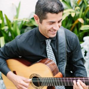 Israel Maldonado Music