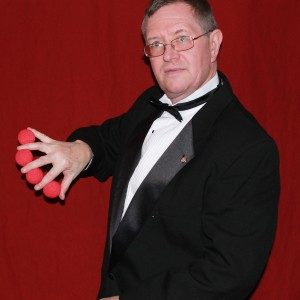 It's Magic - Magician / Comedy Magician in Bennington, Vermont