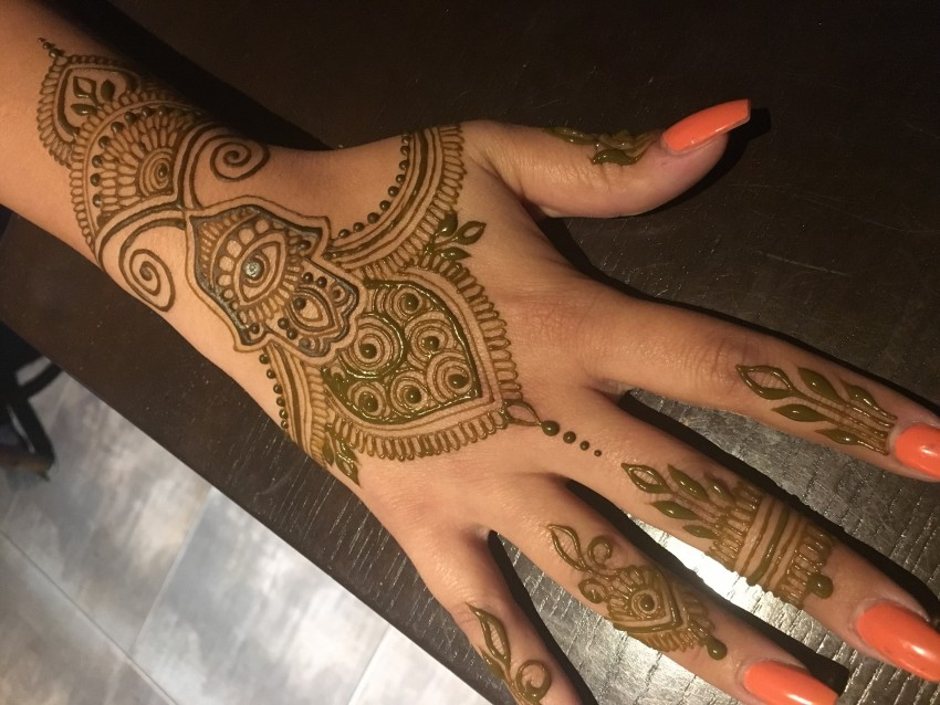 Hire jagua tattoo art by melissa henna tattoo artist in for Jagua tattoo amazon
