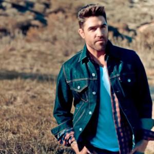 Jake London - Singer/Songwriter in Laguna Beach, California
