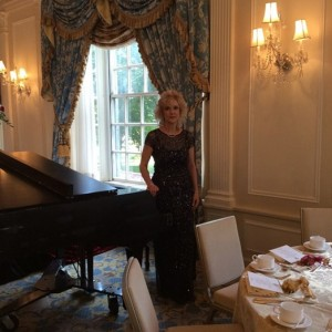 Janice Nikitin Stravinskas - Pianist / Holiday Party Entertainment in Wakefield, Massachusetts