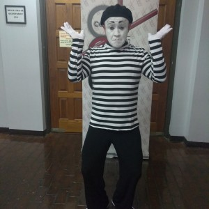 Janos Theater Production/Orlando Arias - Mime / Stilt Walker in Hallandale Beach, Florida
