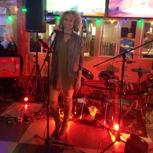 Jenna Damiano - Acoustic Band in Bonita Springs, Florida