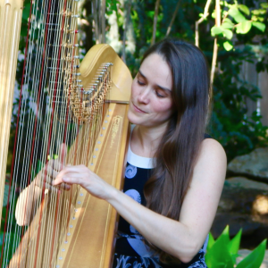 Jennifer Betzer - Harpist in Grapevine, Texas