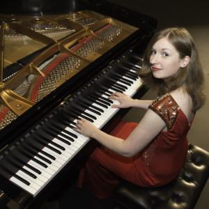Jennifer Nicole Campbell - Pianist - Pianist / Violinist in Philadelphia, Pennsylvania