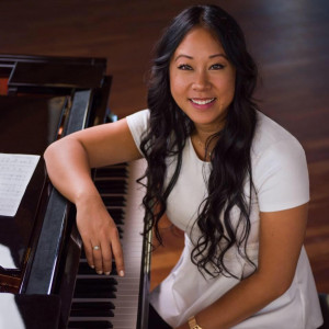 Jessica La Music - Classical Pianist / R&B Group in Toronto, Ontario
