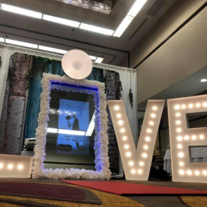 Jet City Photo Booth - Photo Booths / Wedding Entertainment in Everett, Washington