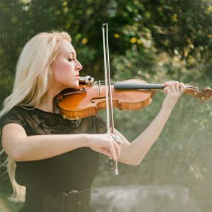 Jillian Warman - Violinist / Funeral Music in San Antonio, Texas