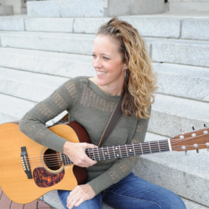 Jocelyn Oldham Live - Singing Guitarist in Richmond, Virginia