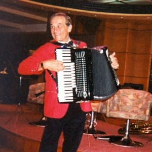 Joe Cerrito strolling accordionist - Accordion Player in Sarasota, Florida