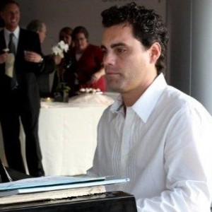 Joel Arevalo - Pianist in Huntington Beach, California