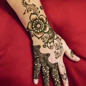Talented henna tattoo artists in indianapolis in gigsalad for Henna tattoo art