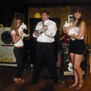John Hoey's Mystery Tour - Magician / Holiday Party Entertainment in Highland, New York