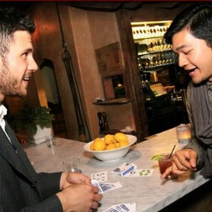Johnny Kearns - Strolling/Close-up Magician in Chicago, Illinois