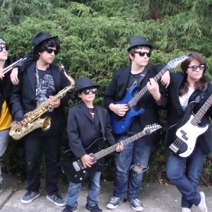 Johnny Mandu and Woodburn Rocks - Classic Rock Band in Woodburn, Oregon